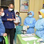 Marten Taha Pantau Pelaksanaan Vaksinasi Di Kota Gorontalo