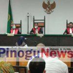 Terdakwa Korupsi GORR Gorontalo Asri Wahyuni Banteng
