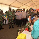 Panglima TNI bersama Kapolri Tinjau Pelaksanaan Vaksinasi anggota TNI/POLRI