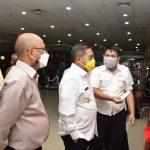 Walikota Gorontalo saat peninjauan Mesin ADM