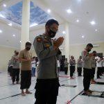 Beri Penghormatan kepada 53 Prajurit KRI Nanggala 402, Polda Gorontalo Gelar Shalat Ghaib