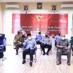 Forkopimda Bone Bolango mengikuti rapat bersama Presiden RI, Joko Widodo, dengan seluruh Gubernur, Bupati, Wakil Bupati, Walikota dan Wakil Walikota, serta Forkopimda se Indonesia secara virtual