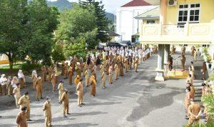 Pemerintah Kota Gorontalo saat menggelar apel perdana setelah lebaran idul fitri 1442 H.